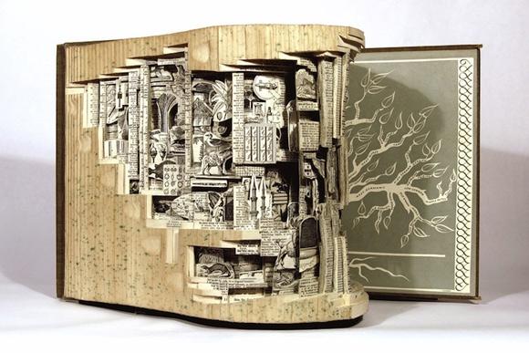 seni ukir buku book carving